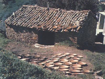 Une vieille maison kabyle for Construire une maison kabyle